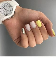 Make an original manicure for Valentine's Day - My Nails Yellow Nails Design, Yellow Nail Art, Hot Nails, Hair And Nails, Shellac, Uñas Fashion, Pastel Nails, Acrylic Nails, Summer Nails