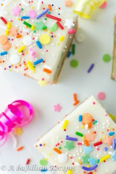 Birthday Cake Oreo Truffle Blondies | A baJillian Recipes