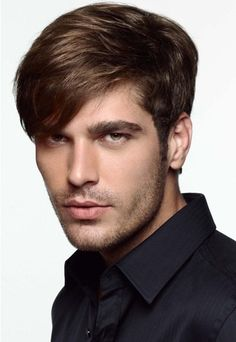 A medium brown straight hairstyle by Jean Louis David Top Hairstyles For Men, Lazy Hairstyles, Haircuts For Men, Latest Hairstyles, Hair Styles 2014, Medium Hair Styles, Curly Hair Styles, Jean Louis David, Trending Haircuts