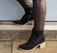 Oh ankle boots. How we love you. Let us count the ways... <3
