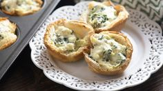 Looking for a killer new app to share with guests during the Sunday game? These spinach artichoke dip cups transform everyone's favorite dip into a handheld, bite-sized appetizer that's guaranteed to wow your crowd.