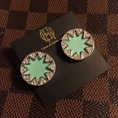 HOUSE OF HARLOW PAVE SILVER TURQUOISE EARRINGS NWT. House Of Harlow pave sunburst earring in silver/turquoise. Leather detail. Swarovski crystal detail. No flaws, never worn. No trades. Offers will be considered by using the offer feature. Please view photos and ask questions before purchasing thanks !! House of Harlow 1960 Jewelry Earrings