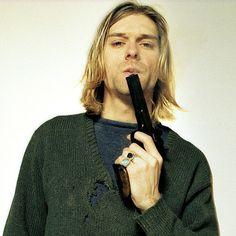 Canal Electro Rock News: Morte de Kurt Cobain: Juíza anula processo de liberação das fotos e documentário foi parar na Internet