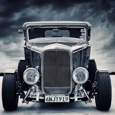 '32 Chopped Top Ford