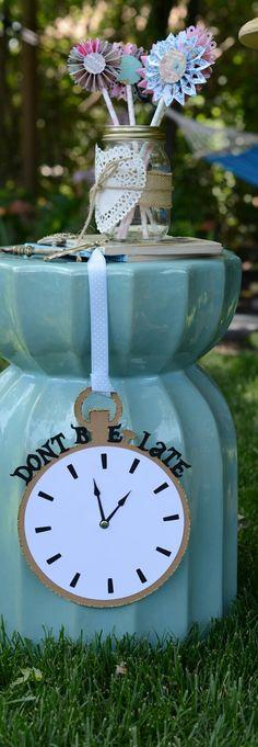 Alice in Wonderland Clock and Keys by PaperAndLaceStudios on Etsy, $15.00