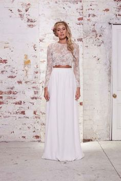 30 Trendy Beautiful Crop Top Bridal Outfits