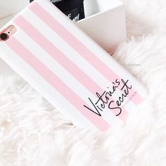 ♡pink and white striped beautiful Victoria secret case♡