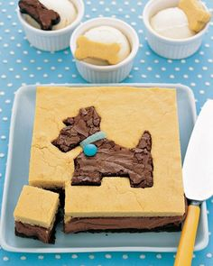 Make a Dog Cake - Must make one with my cookie cutters.