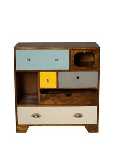Mismatched drawers are so chic.