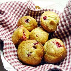 Cranberry cardamom muffins - perfect for a fall/winter day  http://allrecipes.com/recipe/cranberry-cardamom-muffins/detail.aspx