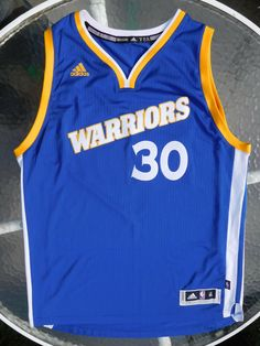 59bb4883c4a Stephen Curry Warriors   30 NBA Swingman Jersey by Adidas Men s XL