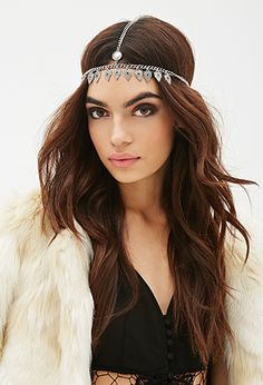 Forever21 | Medallion Fringe Head Piece- $5.90 | Link: http://www.forever21.com/Product/Product.aspx?BR=f21&Category=whatsnew_all&ProductID=1000117302&VariantID=