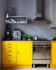 Yellow kitchen will be so much attractive for any home design whether big or small. It gives your room a bright color and more spacious. So, here are some yellow kitchen ideas for designing your kitchen room. Yellow Kitchen Cabinets, Painting Kitchen Cabinets, Kitchen Paint, New Kitchen, Kitchen Yellow, Kitchen Small, Kitchen Black, Kitchen Colors, Stylish Kitchen