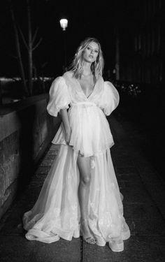 Boho Wedding Dress, Wedding Bride, Bridal Dresses, Dream Wedding, Wedding Photo Inspiration, Wedding Goals, Bridal Looks, Dream Dress, Wedding Styles