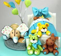 viorica's cakes: Me encanta esta camita con sus juguetes, esperando  al bebé.