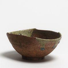 Japan, Shigaraki, 17. Jh. Edo-Zeit H 7 , L 15,4 cm