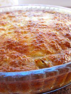As receitas lá de casa: Tarte de ovo com atum e legumes