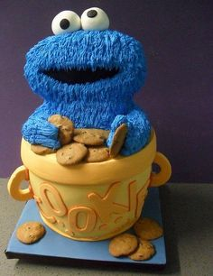 Cookie Monster Awesome Cake with super cool fuzzy effect