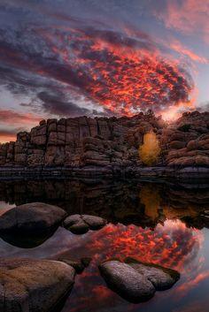 Watson Lake Fireball - Prescott, Arizona; photo by Brandon Lyons