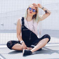 monday vibez bom diaaaa hoje tem post no blog contando todos os detalhes desse look MARA  yayyyyy! {link na bio} PH @priscillaloure #bomdia #lookdodia #ootd #outfit #outfitoftheday #blogger #shooting #fashion #fashionista #monday #ontheblog #nike #nikegirl #nikegirlsbr