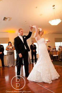 Royal Crest Room Wedding Photography