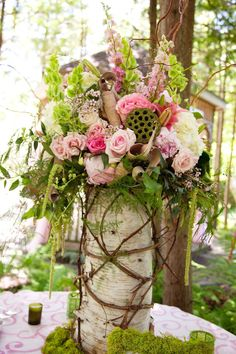 Top 14 Easy Wood Log Centerpiece Designs – Unique Wedding Day Decor Project - Easy Idea (6)