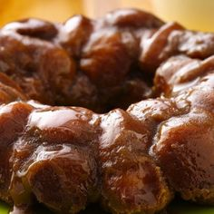 Cream Cheese Stuffed Monkey Bread @keyingredient #cake #cheese #honey #caramel #bread