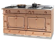 Add some serious wow factor to your kitchen with this statement range cooker from La Cornue. La Cornue, Kitchen Stove, New Kitchen, Kitchen Dining, Kitchen Decor, Stainless Kitchen, Kitchen Tools, Stove Oven, Kitchen Things