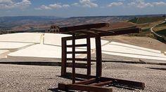 L'opera di Burri dopo il sisma del 1968 oggi è abbandonata