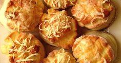 Vidéki konyha egyszerűen, de igényesen. A csalántól a szarvasgombáig minden. Baked Potato, Muffins, Cabbage, Potatoes, Baking, Vegetables, Ethnic Recipes, Food, Cakes