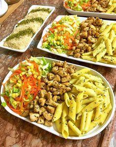 Beef Tip Recipes, Chicken Recipes, Healthy Recipes, Beef Skillet Recipe, Sleepover Food, Food Displays, Cafe Food, Turkish Recipes, Food Humor