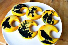 Cute Halloween cookies...