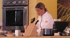 Celebrity #female #chefs to heat things up in #cooking #competition - http://www.finedininglovers.com/blog/agenda/female-chef-cooking-competition-cat-cora/