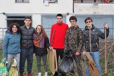 11 Marzo: gli studenti del liceo Ulivi volontari per un giorno alla Picasso Food Forest a lezione di orticoltura e cittadinanza attiva.