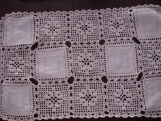 Crochet Tablecloth, Crochet Lace, Diy And Crafts, Crochet Patterns, Blanket, Handmade, Crochet Border Patterns, Dining Table Runners, Craftsman Table Runners