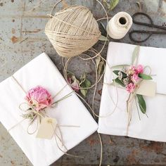 Loving this sweet gift wrapping for birthday or Valentine's day!