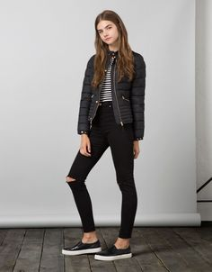 Blouson BSK nylon col rond - Bershka Recommends - Bershka France Girls Summer Outfits, Teen Girl Outfits, Cute Outfits For Kids, Casual Fall Outfits, Look Fashion, Girl Fashion, Fashion Outfits, Preteen Fashion, Casual Chic Style
