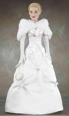 Dolls - Beautiful in white