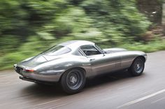 The Jaguar E-type has recently been voted the greatest British car of all time - but what would it be like if iThe Eagle E-type Low Drag Coupe could be an indication, though it costs a whopping Tata Motors, Classic Sports Cars, Classic Cars, Classic Motors, Retro Cars, Vintage Cars, Dream Cars, Los Cars, Automobile
