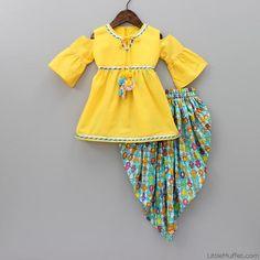 Pre Order: Yellow Kurti with Printed Dhoti Kids Dress Wear, Dresses Kids Girl, Kids Outfits, Kids Wear, Kids Indian Wear, Kids Ethnic Wear, Baby Dress Design, Frock Design, Yellow Kurti