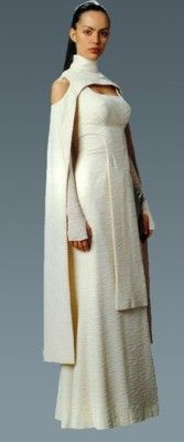 Lesser known costume from Ep. III: was supposed to be Padme's but was given - Ideas of Star Wars Outfits - Lesser known costume from Ep. III: was supposed to be Padme's but was given to Bail Organa's assistant. Movie Costumes, Cosplay Costumes, Costume Star Wars, Star Wars Dress, Padme Costume, Jedi Costume, Elf Kostüm, Raver Girl, Punk Girls