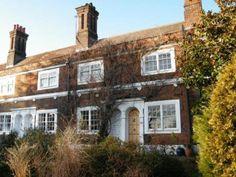 Rosemary Gardens - SW14. 3 Bedrooms, former almshouse, private garden.