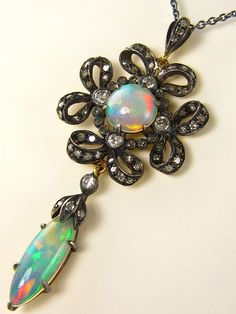 Authentic Antique Victorian Black Opal and Diamond Drop Pendant Necklace Ancient Jewelry, Old Jewelry, Bling Jewelry, Antique Jewelry, Jewelery, Jewelry Accessories, Vintage Jewelry, Jewelry Design, Jewelry Ideas