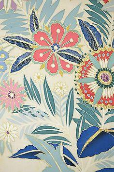 VINTAGE SILK KIMONO FABRIC:Handpaint Exotic Chrysanthemum@D51