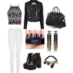 Super stylish outfit.