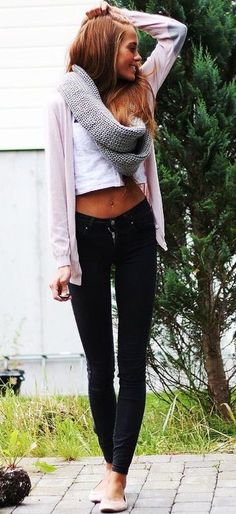 #fall #fashion / gray scarf + pink knit