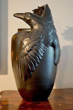 Freiwald Art Pottery Raven amphora vase crow jugendstil nouveau flambe lustre