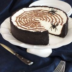 No-Bake Spiderweb Cheesecake. Easy and a Fun Dessert for Halloween!