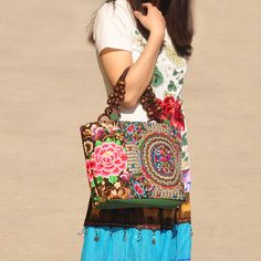 New Lady bag Top-Fashionable Hot national style embroidery embroidery carrybag Vintage single shoulder party bag handbag