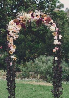 Perfect Wedding, Dream Wedding, Wedding Day, Rustic Wedding, Wedding Black, Budget Wedding, Black Weddings, Autumn Wedding, Wedding Tips